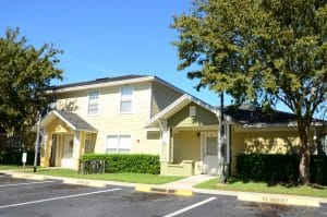 Apartment For Rent in Wildwood,FL